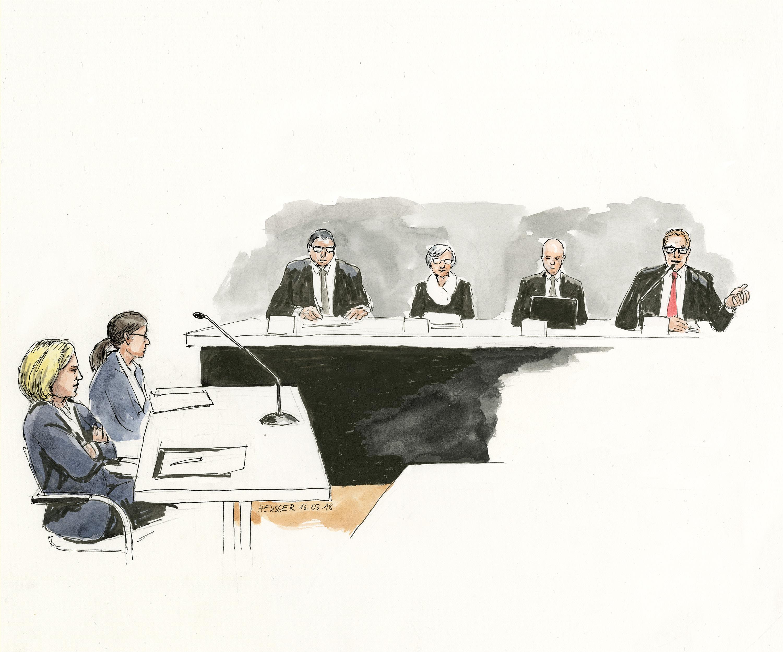 Die Staatsanwältin und die Richter.